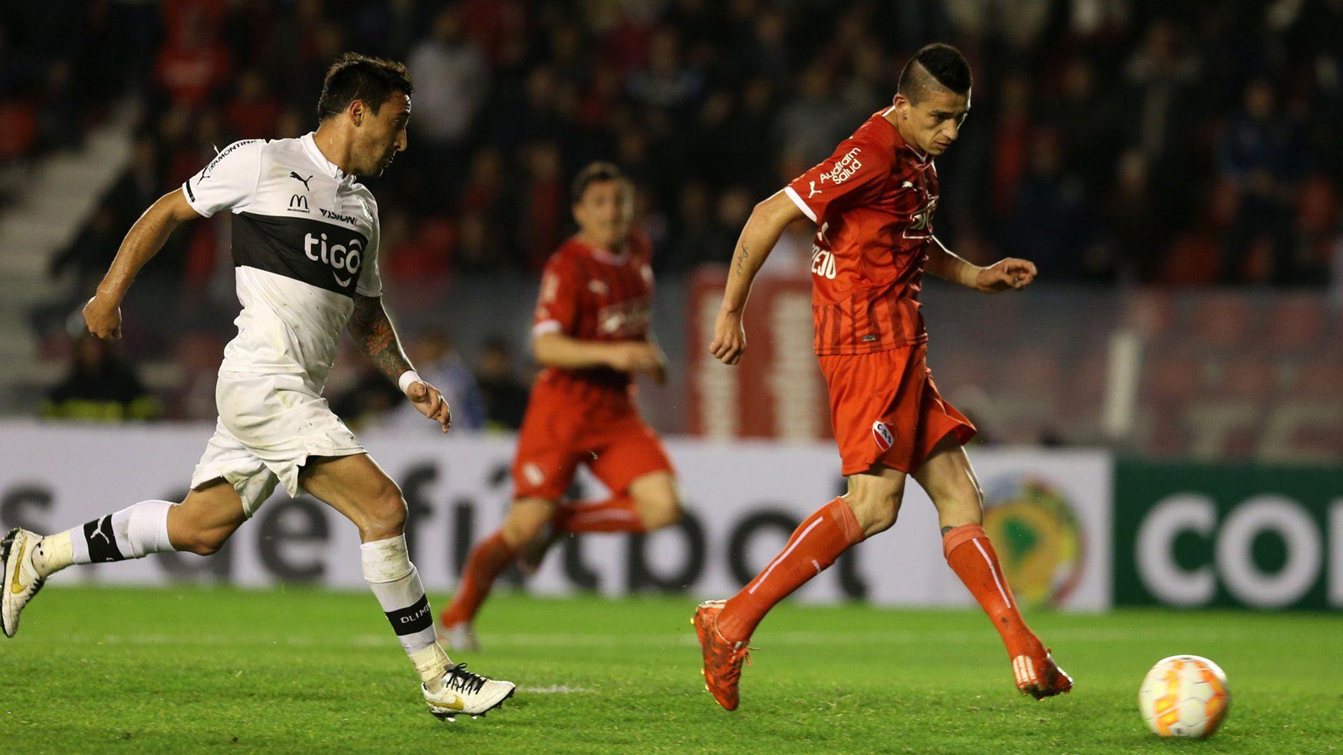 El mediocam´pista, en Independiente (Fotobaires)
