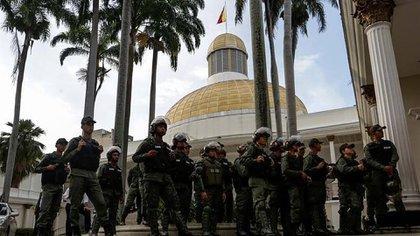 El chavismo intentará instalar la nueva Asamblea Nacional el próximo 5 de enero, tras las fraudulentas elecciones parlamentarias