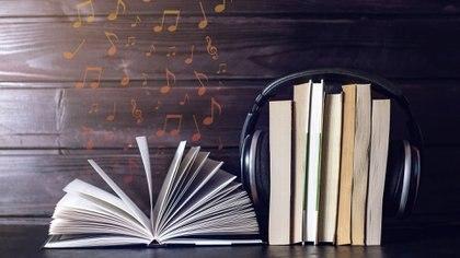 El audiolibro tiene un precio sensiblemente más barato que el impreso y es de almacenamiento más fácil. (Getty Images/iStockphoto)