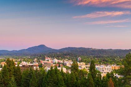 Las credenciales ecológicas de Eugene muestran su compromiso por volverse carbono neutra el próximo año