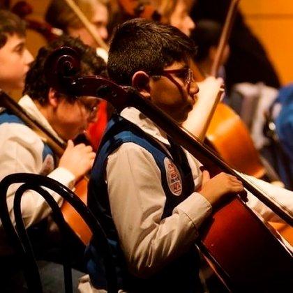 Si bien la AMIA es una institución judía, los chicos que integran la orquesta no son necesariamente de esa religión. No hay un filtro en ese sentido.