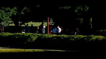 El cortejo fúnebre llegó al cementerio de Bella Vista, en Buenos Aires (Nicolás Stulberg)