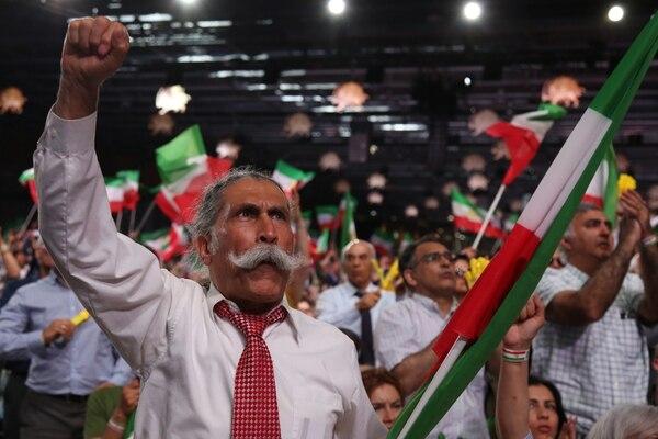 Asistentes al evento de los MeK en París(AFP)