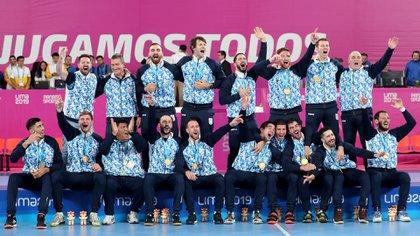 La selección masculina de handball clasificó a Tokio tras ganar el Panamericano de Lima (REUTERS/Sergio Moraes)