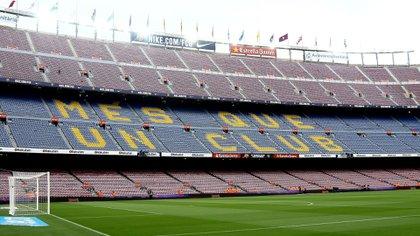 El Camp Nou estará vacío cuando el Barcelona se enfrente al Napoli por  el partido de vuelta de los octavos de final de la UEFA Champions League (Shutterstock)