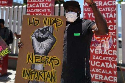 Los manifestantes recordaron a quienes han muerto en manos de las autoridades (Foto: EFE)