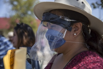 El presidente de México, Andrés Manuel López Obrador, supervisó la construcción de obras en Mexicali, Baja California, durante la crisis sanitaria de COVID-19 en el país (Foto: Omar Martínez/Cuartoscuro)