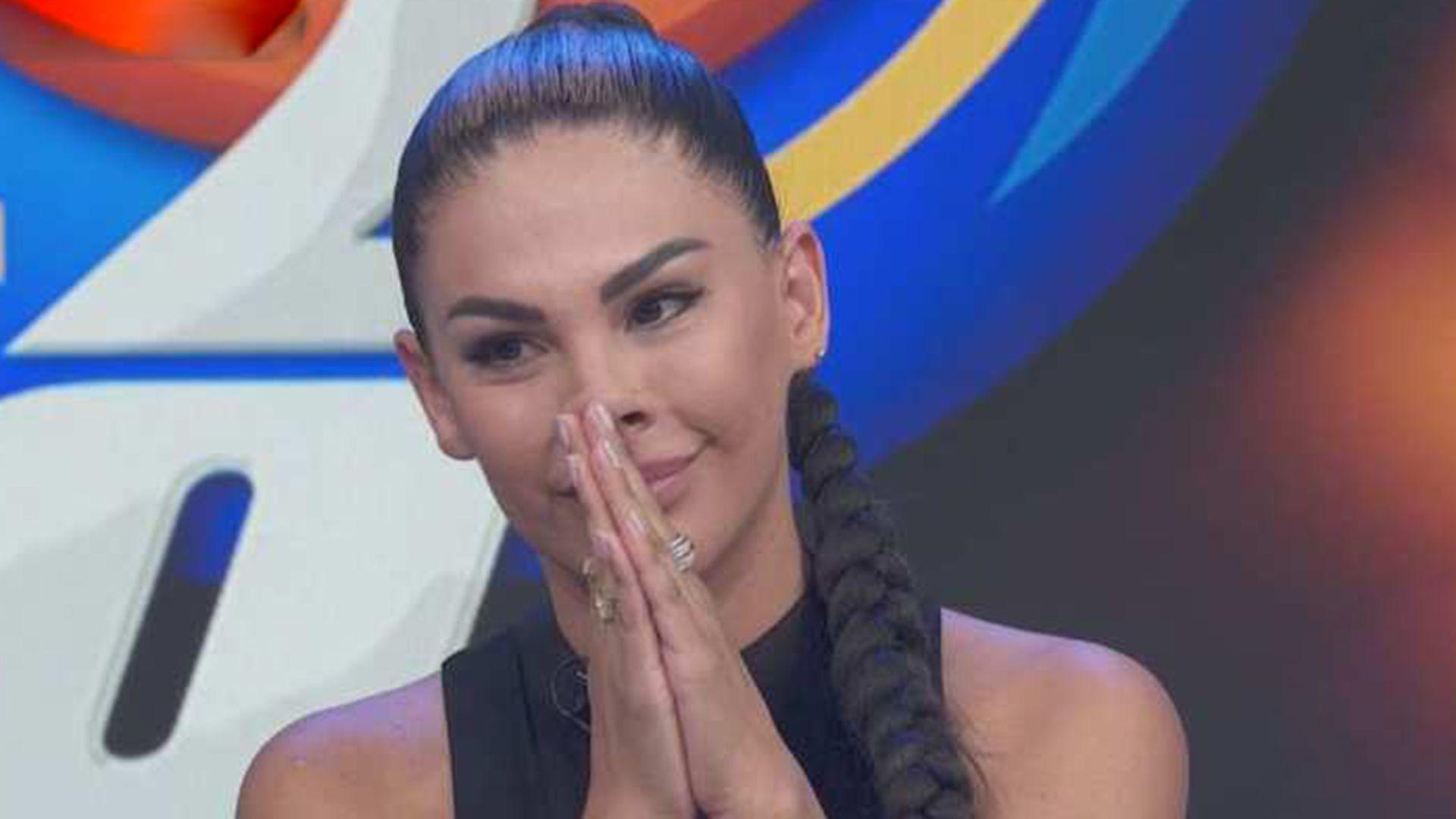 "Stephanie Valenzuela acudió al programa ""Hoy"""