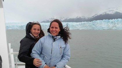 Jesica Benítez y Luciana Cánepa pertenecen al sinfín de parejas que pudieron disfrutar de la norma tras su sanción.