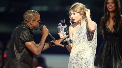 Taylor Swift vs Kanye West y Kim Kardashian