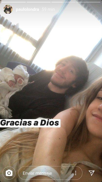Paulo y Rocío con su beba recién nacida (Instagram)