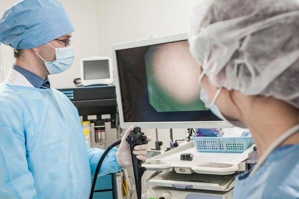 Anestesia, contraindicaciones y complicaciones: 3 claves para entender qué ocurre durante una endoscopía