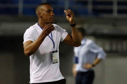 En la imagen, el entrenador de Junior, Luis Amaranto Perea. EFE/Ricardo Maldonado/Archivo