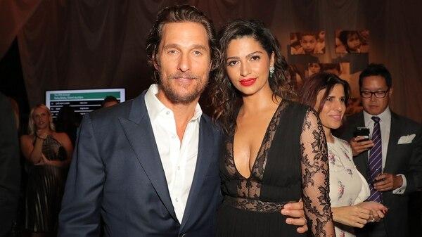 Matthew McConaughey y Camila Alves (Grosby)