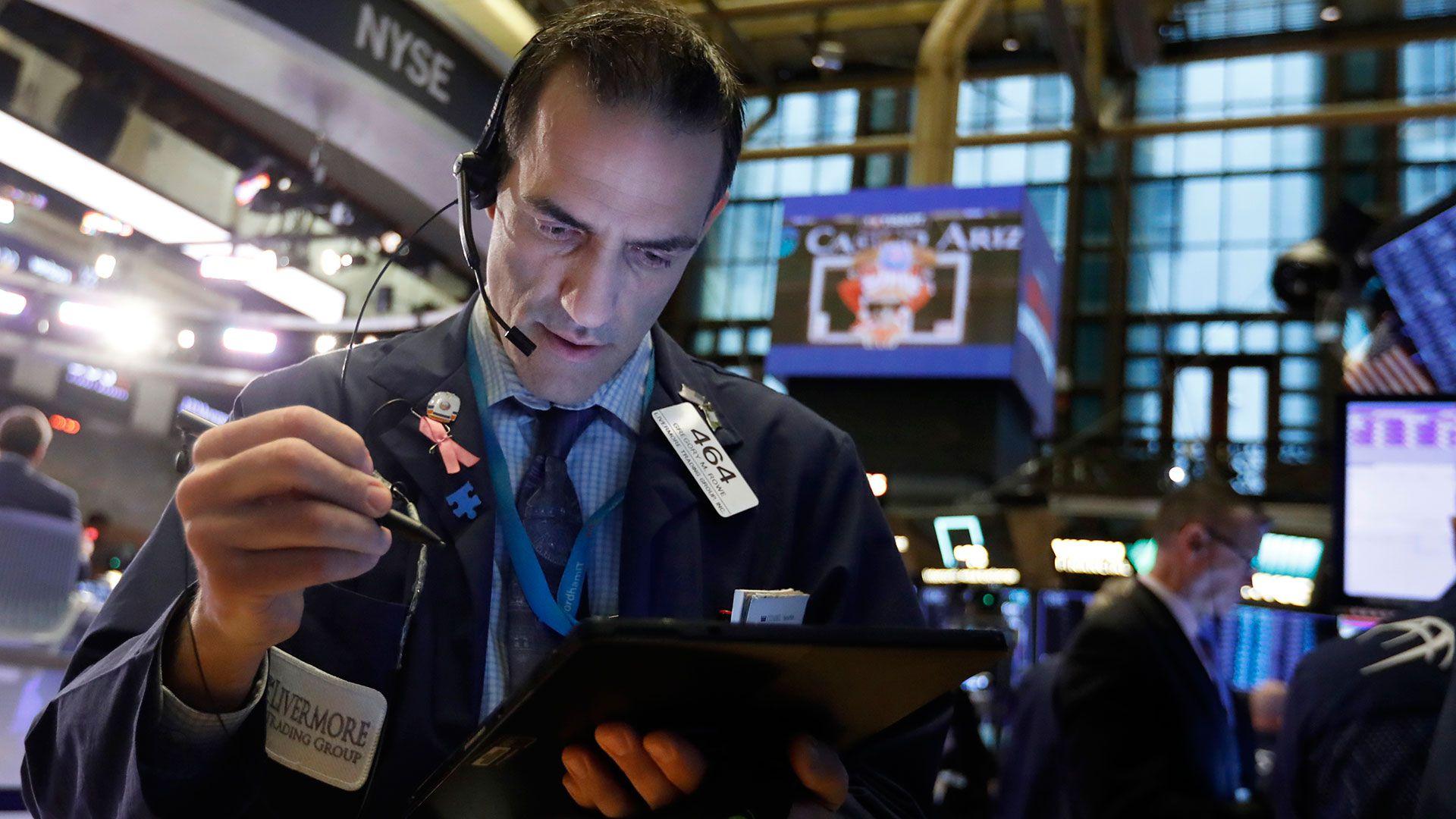 Los futuros que anticipan la tendencia para las primeras horas de operaciones de Wall Street mostraban alzas esta mañana