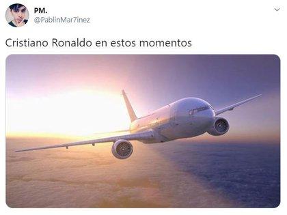"""Un avión y la comparación con el """"vuelo"""" de Cristiano Ronaldo"""