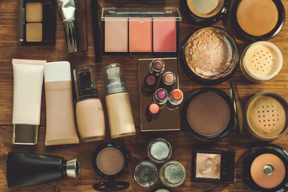Las clases de maquillaje también son una excelente opción