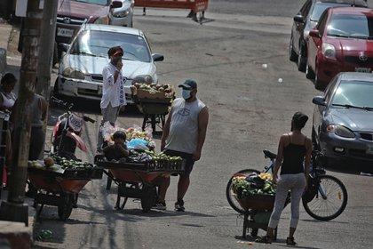 Las autoridades se excusaron al decir que el hombre no tenía permiso (Foto: EFE/Gustavo Amador)