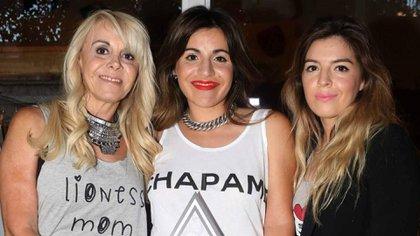 Claudia VIllafañe, Dalma y Gianinna Maradona