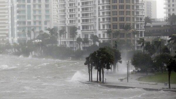 Inundaciones causadas por el huracán Irma en Miami (AP)