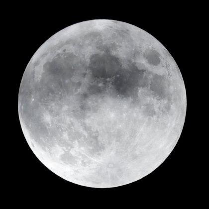 Vista de la Luna en fase llena, desde la Ciudad de México (Foto: REUTERS/Henry Romero)