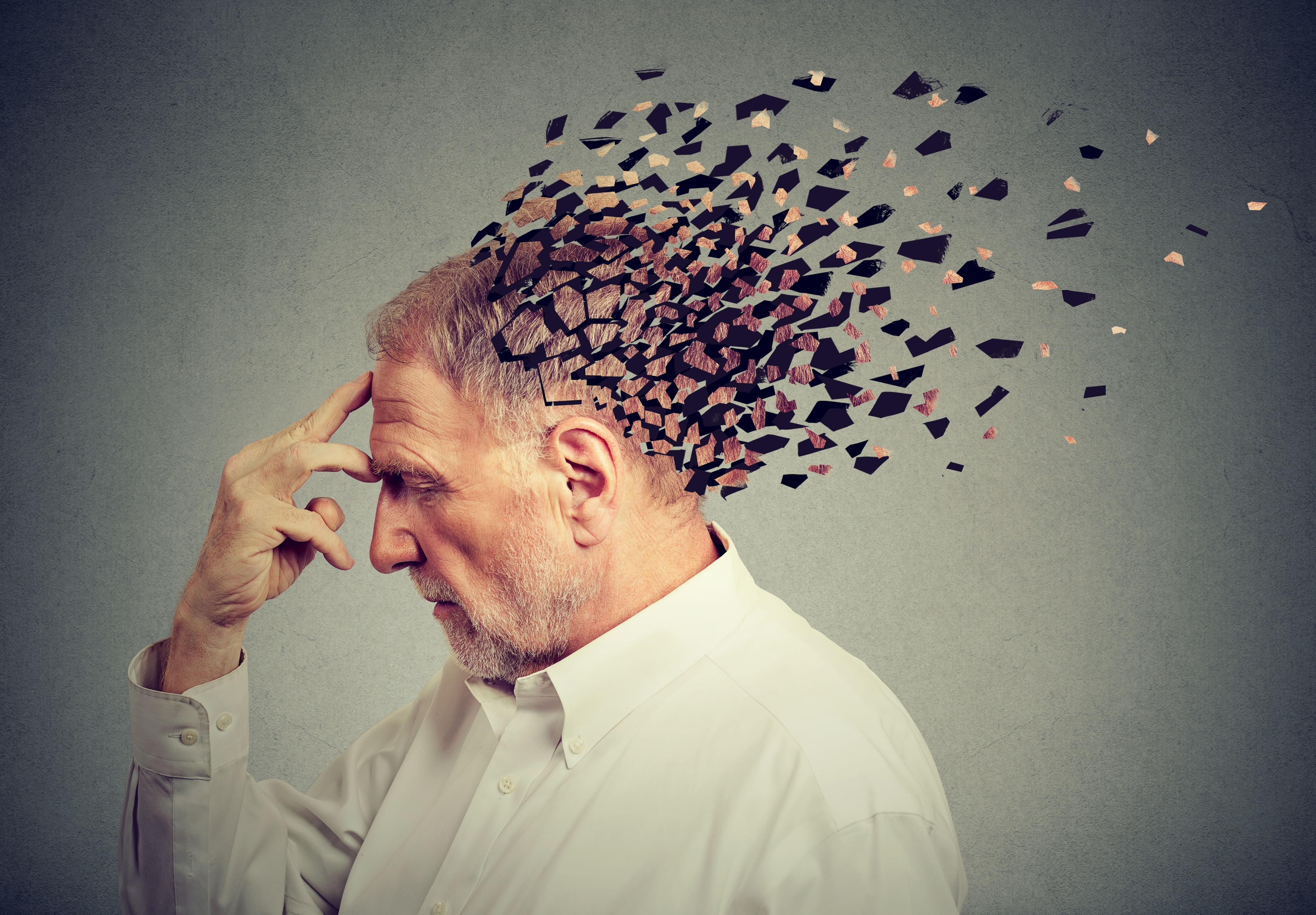 Existen unos 100 tipos de demencias con distintos síntomas (Shutterstock)