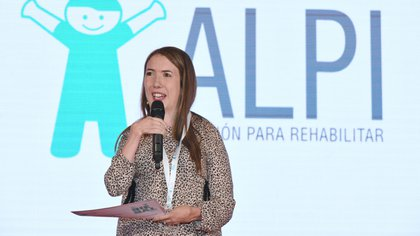 Desde 1967, ALPI entrega el Premio BIENAL, que reconoce a diez personas con discapacidad que son ejemplos de esfuerzo (Foto: ALPI)