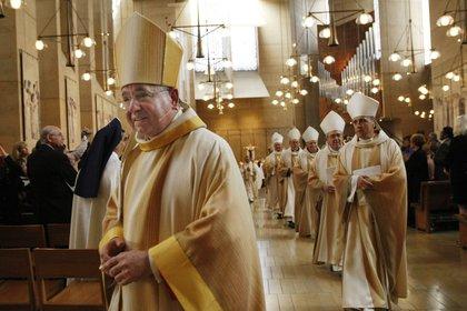 El arzobispo de Los Ángeles, José Gómez. EFE/DON BARTLETTI/Archivo