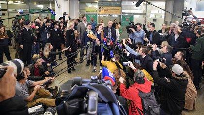 Maria Butina, supuesta espía rusa en EEUU, llegó a Moscú después de su deportación (Photo by Alexander NEMENOV / AFP)