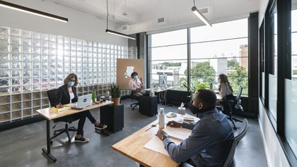Al verse alterado el hábito de ir a trabajar todos los días a una misma oficina se presentó el momento exacto para generar un nuevo hábito y cambiar para siempre la modalidad laboral.