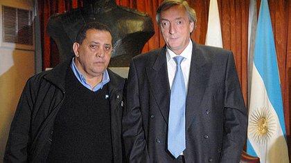 Luis D'Elía y Néstor Kirchner (Télam)