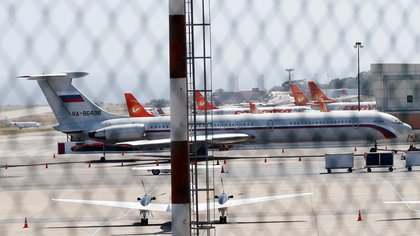 Uno de los dos aviones con bandera rusa que llegaron el sábado a Venezuela (Reuters/ Carlos Jasso)