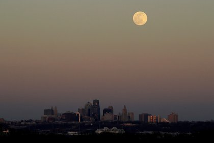 Luna de nieve desde EEUU (Foto: AP)