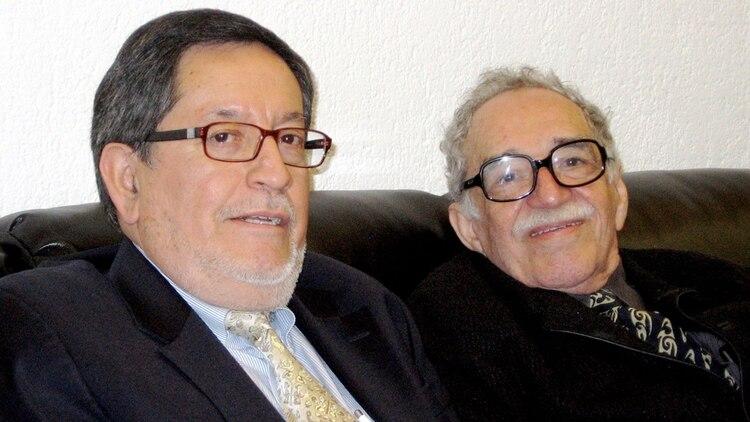 Junto a García Márquez