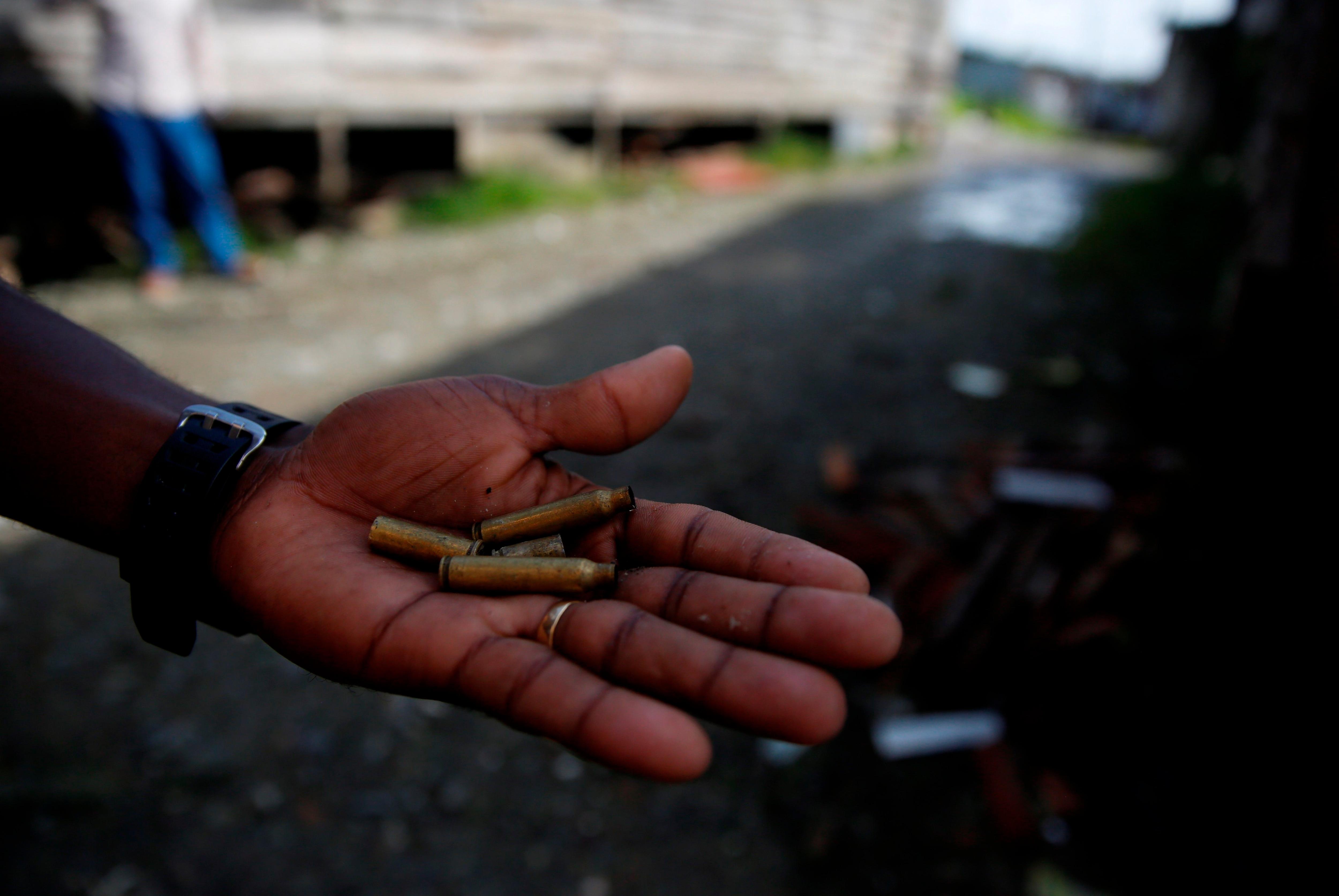 Los vecinos de Encarnación de Díaz reportaron, por tercer día consecutivo, un enfrentamiento entre civiles armados (Foto: Ernesto Guzmán/EFE)