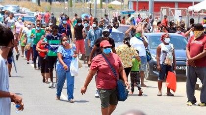 Al momento, en el país caribeño 116 personas han dado positivo al virus, mientras que otras ocho han fallecido. EFE/Andrea de Silva/Archivo