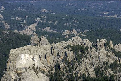 El Monte Rushmore tiene una altura de 1608 metros (Foto: Archivo)