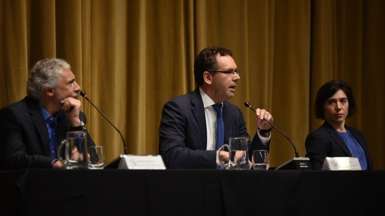 Guido Sandleris (centro), presidente del BCRA. (Manuel Cortina)