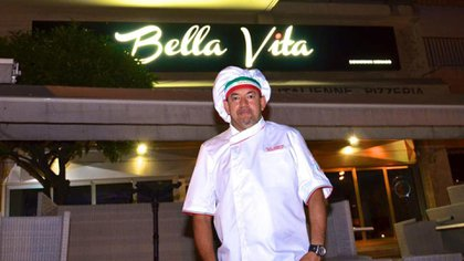 Raúl Bragagnolo (50) trabajo como chef en Bella Vita, premiado recientemente como el mejor restaurante de comida italiana de Mónaco