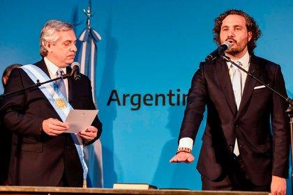 Alberto Fernández le tomó juramento a Santiago Cafiero como jefe de Gabinete