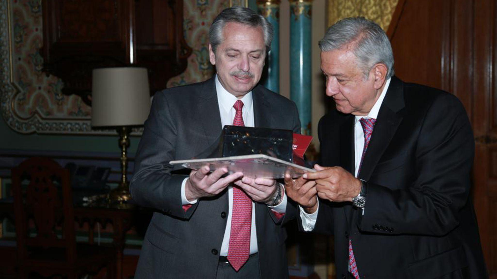 Alberto Fernández  y Andres Manuel López Obrador, su principal aliado regional