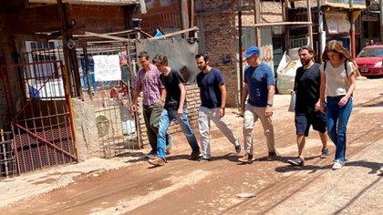 Horacio Rodríguez Larreta y Juan Grabois caminaron por la Villa 20
