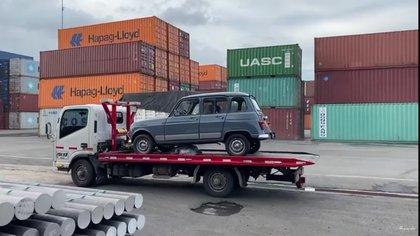 Cuando llegó al puerto de Barranquilla fue cargado en un contenedor donde solo iba él. Le restaban siete días de viaje hasta la Florida, en Estados Unidos.