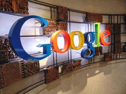 Larry Page yestudiantes de la universidad llegaron al actual nombre debido a un error de tipeo de búsqueda (Archivo)