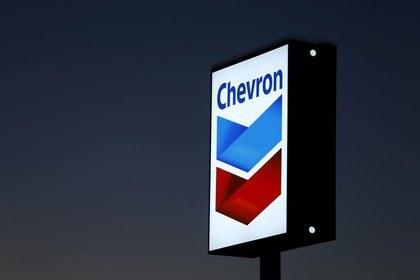 Imagen de archivo de una estación de gasolina de Chevron en Cardiff, California, Estados Unidos. 25 de enero, 2016. REUTERS/Mike Blake/Archivo