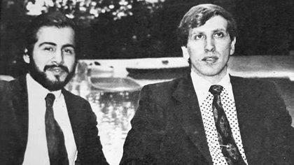 Miguel Ángel Quinteros y Bobby Fischer en su momento de plenitud. Se conocieron en la Argentina, pero luego recorrieron el mundo juntos