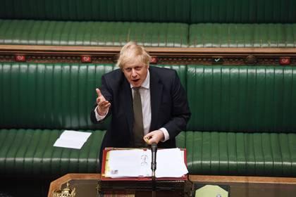 Boris Johnson adelantó que prepara el desconfinamiento del Reino Unido para el próximo lunes (UK Parliament/Jessica Taylor/Handout via REUTERS)