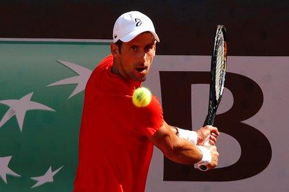 Novak Djokovic se prepara para su debut en el Masters 1000 de Roma (REUTERS/Clive Brunskill)
