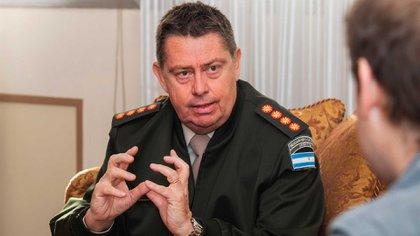 Gerardo Otero, ex director nacional de Gendarmería, otro de los denunciados por el Gobierno
