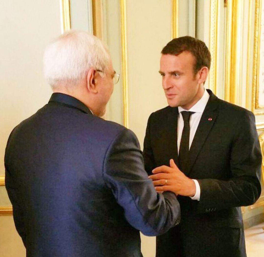 El canciller persa, recibido por Macron
